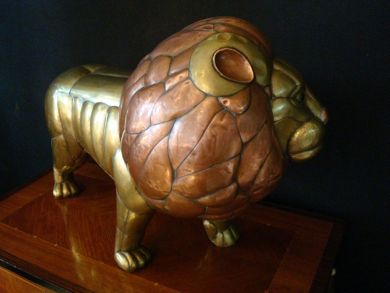 Mexican Sergio Bustamante Copper and Brass Lion Sculpture Mexico, 1970s For Sale