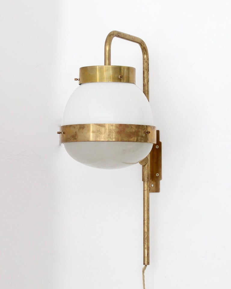 Mid-Century Modern Sergio Mazza Italian Glass and Brass Vintage Delta Sconce by Artemide For Sale