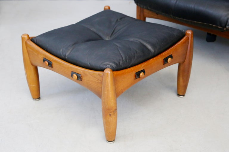 Sergio Rodrigues for Isa Bergamo Sheriff Lounge Chair and Ottoman, Signed 1950s For Sale 1
