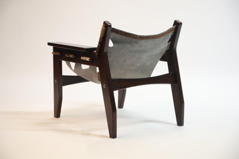 Leather Sergio Rodrigues 'Kilin' Lounge Chair in Rosewood and Cowhide, OCA, Brazil 1970s For Sale