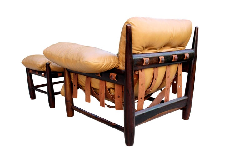 Mid-Century Modern Sergio Rodrigues Mole Lounge Chair with Ottoman, 1957 For Sale