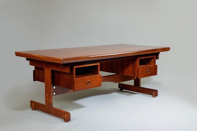 Mid-20th Century Sergio Rodrigues, Stunning and Monumental Modernist Jacaranda Desk, Brazil, 1962 For Sale