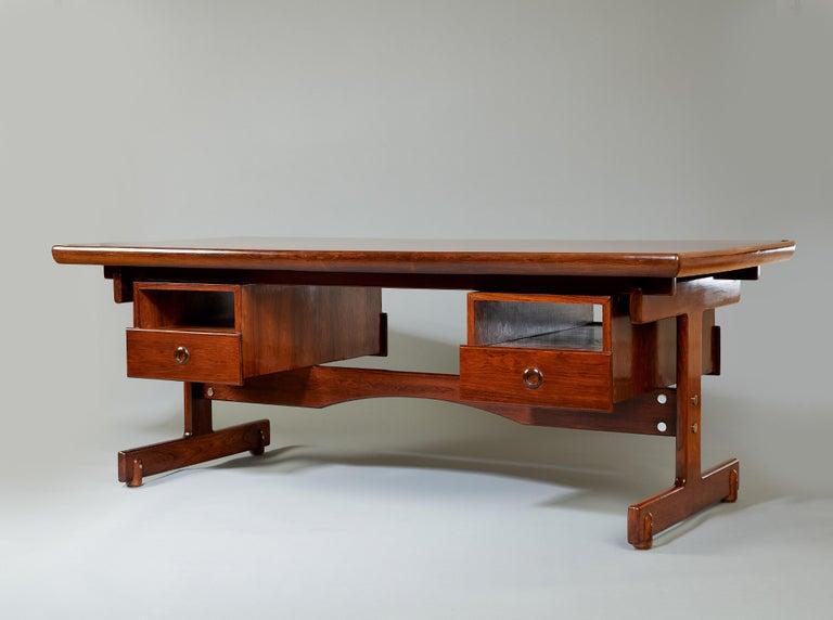 Brazilian Sergio Rodrigues, Stunning and Monumental Modernist Jacaranda Desk, Brazil, 1962 For Sale