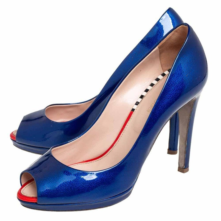 Women's Sergio Rossi Blue Patent Leather Peep Toe Pumps Size 36 For Sale