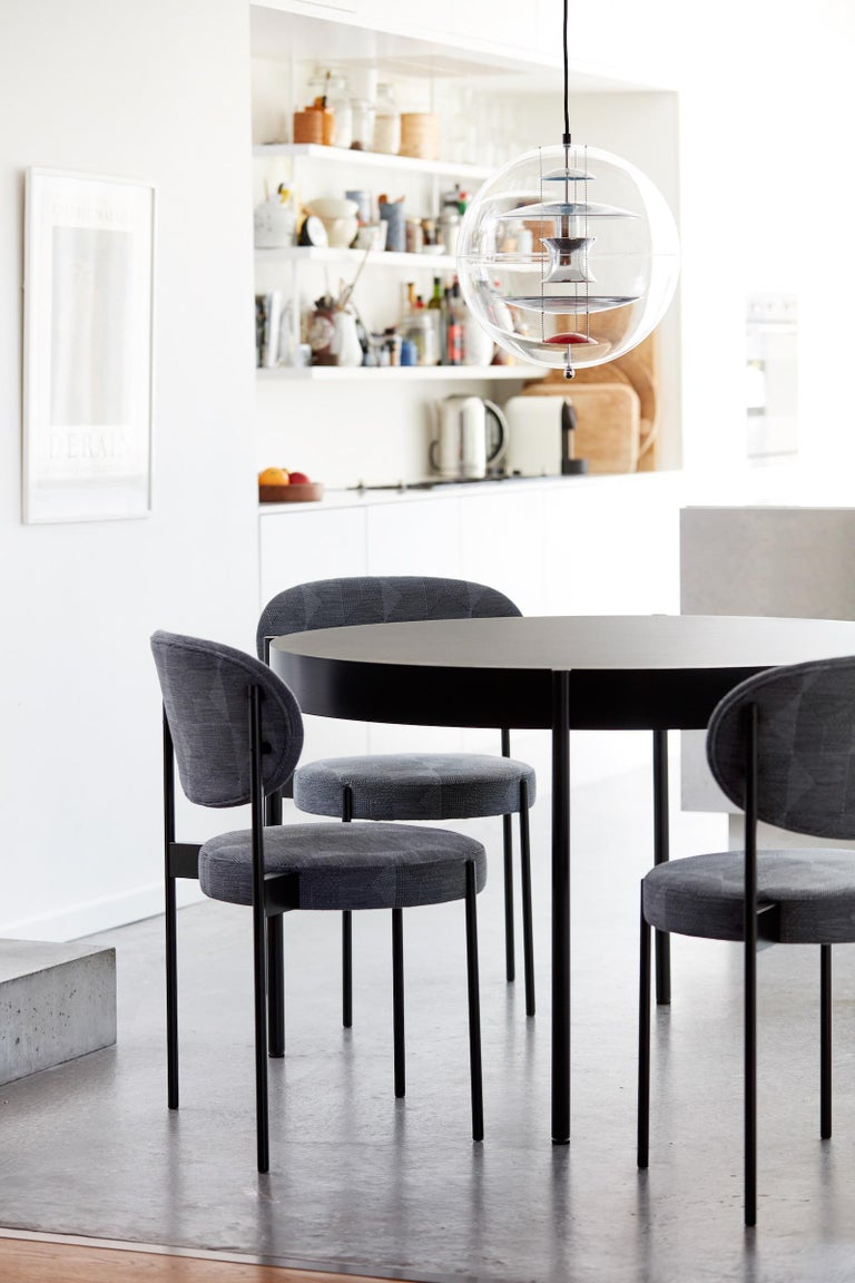 Series 430 Small Round Dining Table In Black By Verner