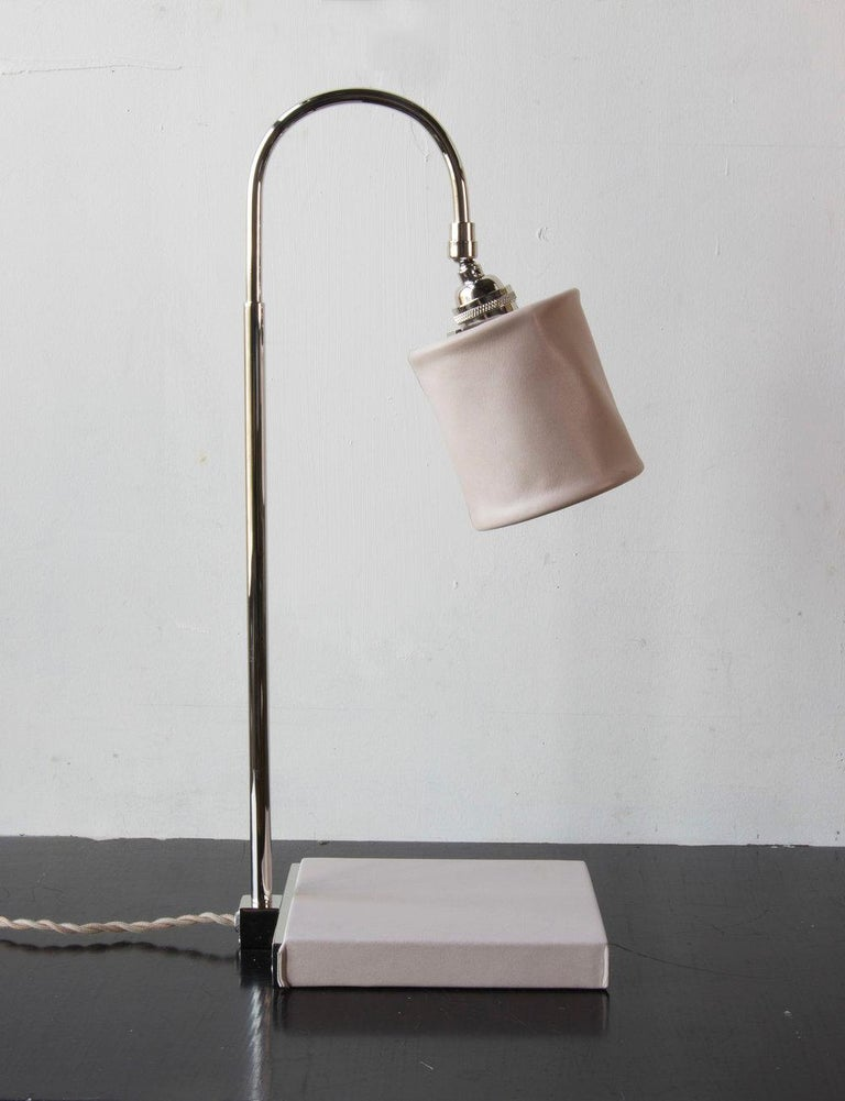 Series01 Desk Lamp, Hand-Dyed Ash 'Gray' Leather, Dark Patinated Brass For Sale 6