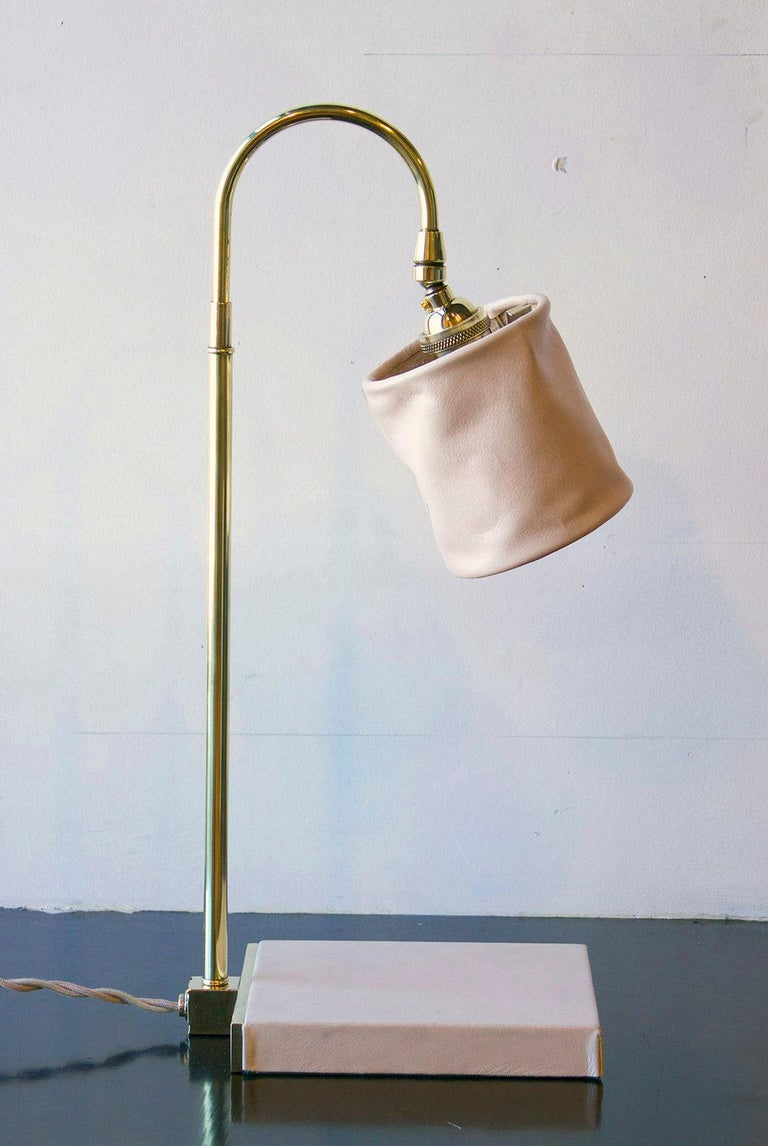 Contemporary Series01 Desk Lamp, Hand-Dyed Ash 'Gray' Leather, Dark Patinated Brass For Sale