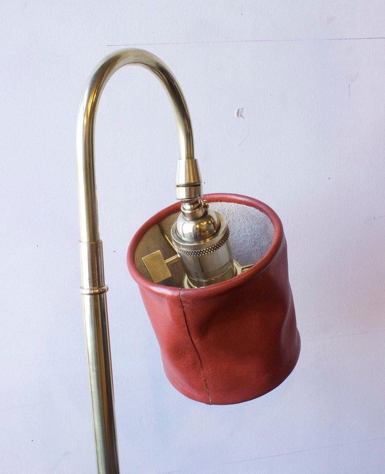 American Series01 Desk Lamp, Hand-Dyed Gochujang Red Leather, Polished Unlacquered Brass For Sale