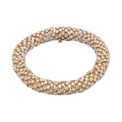 Modern Serpentine 18.41 Carat Diamond Semi-Flexible Bracelet in Yellow Gold