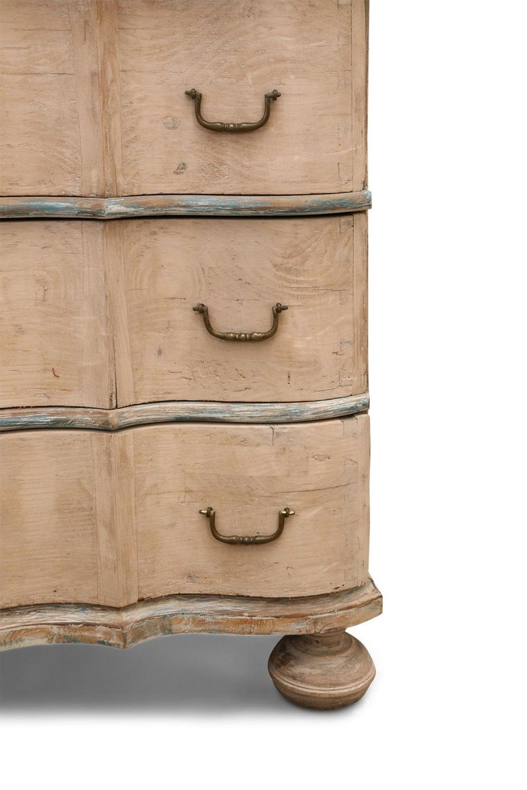 19th Century Serpentine Front Chest For Sale