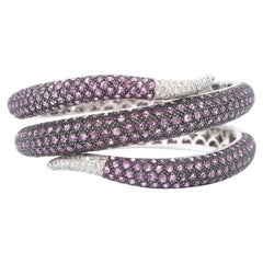 Serpentine Pink Sapphire and Diamond Pavé 18 Karat White Gold Hinged Cuff Bangle