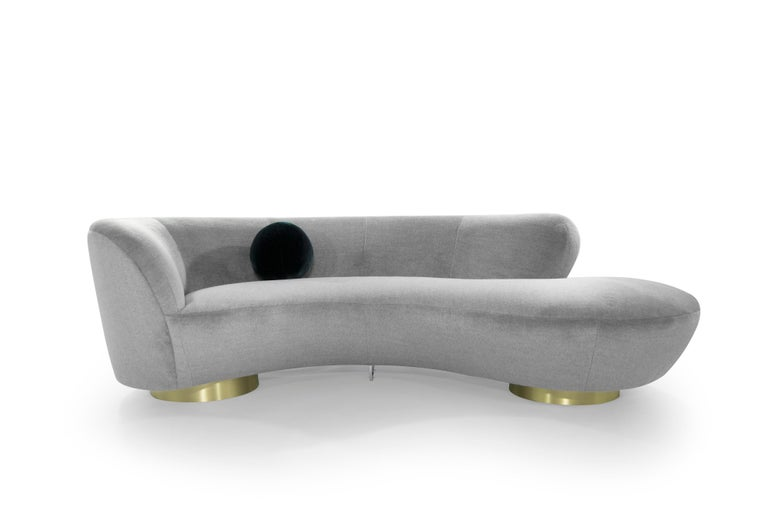 Stunning serpentine or cloud sofa designed by the late Vladimir Kagan for Directional, circa 1970s.  Completely restored down to its very frame, spring system, foam, straps and Dacron have all been updated. Re-upholstered in a stunningly beautiful