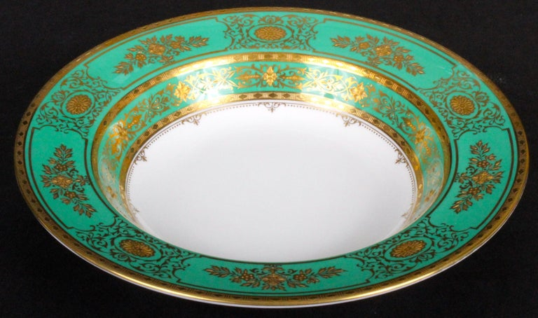 Service for 18 of Minton for Tiffany, Green and Gold For Sale 5