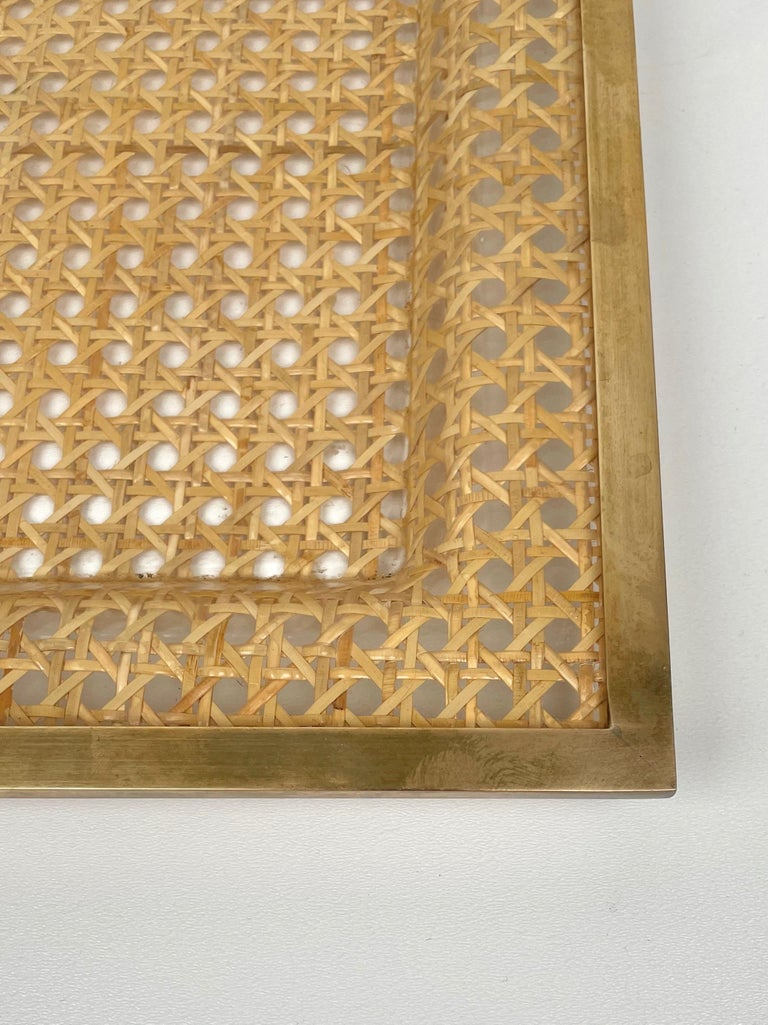 Serving Tray Centrepiece Christian Dior Home Brass Lucite and Wicker, 1970s 4