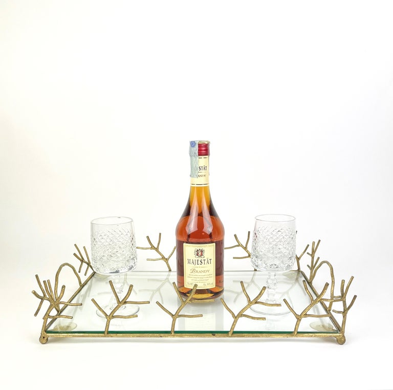 Serving Tray in Glass and Golden Metal Branches Maison Baguès Style France 1970s In Good Condition For Sale In Rome, IT