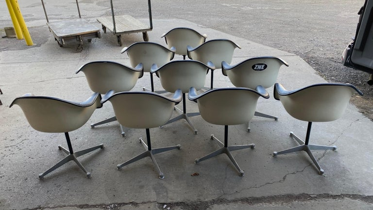 Mid-Century Modern Set of 10 Eames Padded Arm Shell Swivel Chairs, Herman Miller/ Alum Star Base