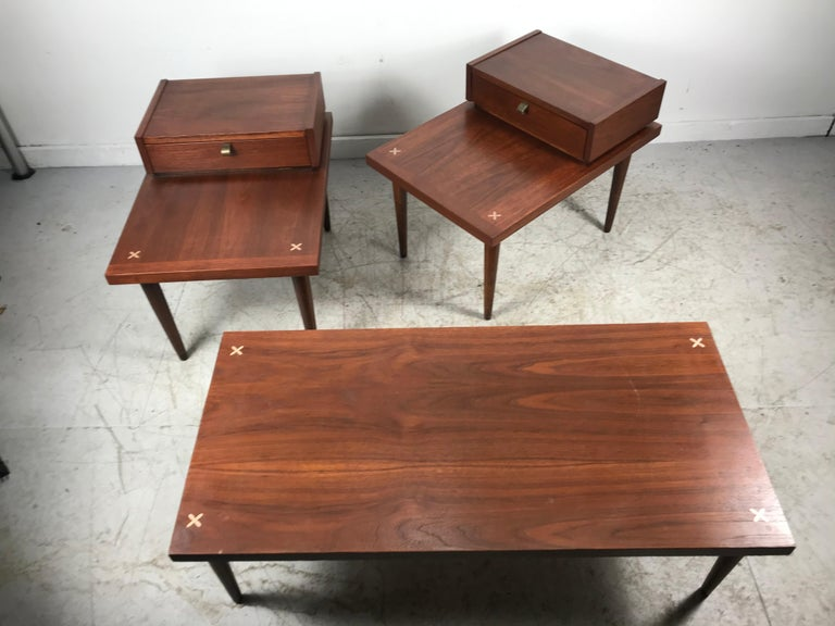 Set 3 of Vintage American of Martinsville Tables with Aluminum Inlays In Good Condition For Sale In Buffalo, NY