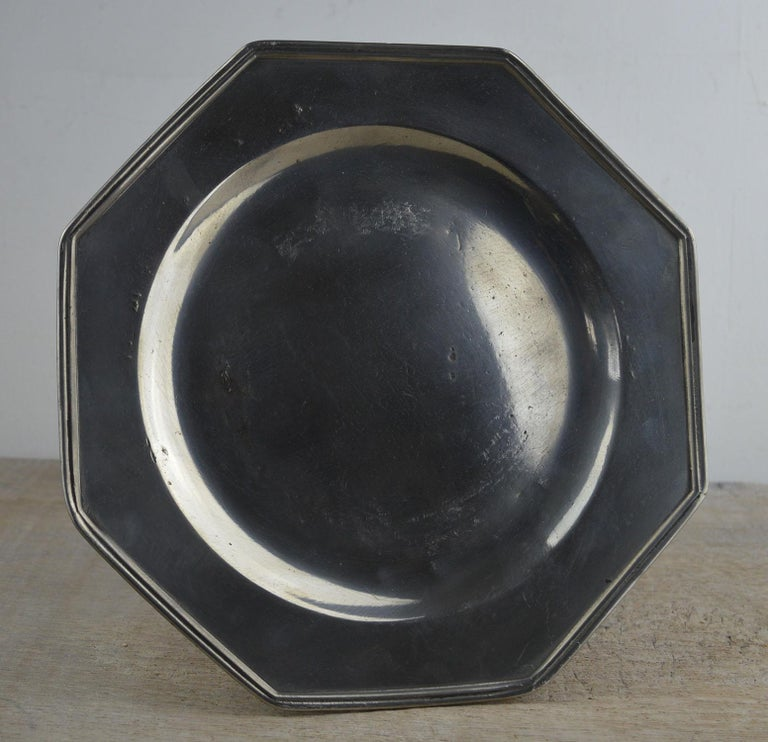 Set 4 Antique Octagonal Polished Pewter Plates, English, 18th Century 1