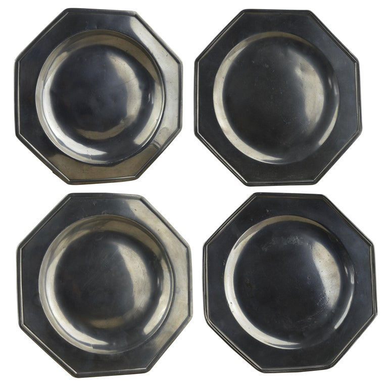 Set 4 Antique Octagonal Polished Pewter Plates, English, 18th Century
