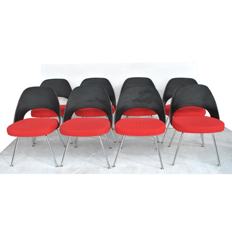 Set of Four Contemporary Knoll Eero Saarinen 72C-PC Dining Side Chairs For Sale 6