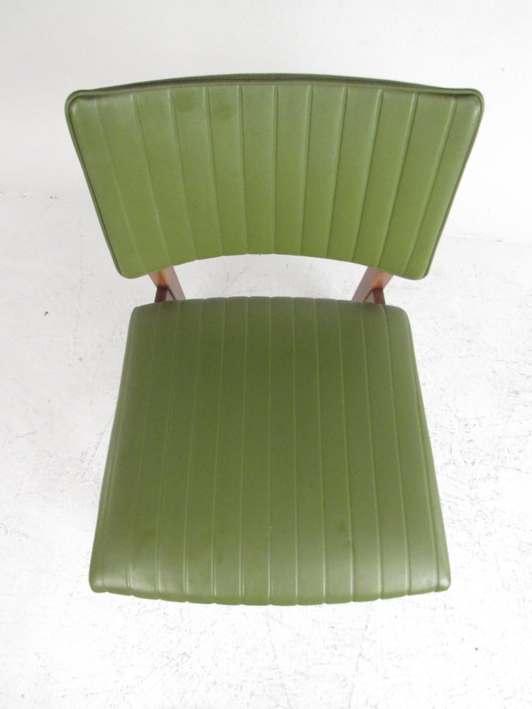 American Set of 4 Midcentury Dining Chairs by B.L. Marble Furniture Co. For Sale
