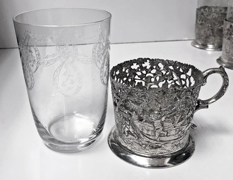 Sterling Silver Set of 8 Silver Tea Holders with engraved glasses, Germany, circa 1900 For Sale