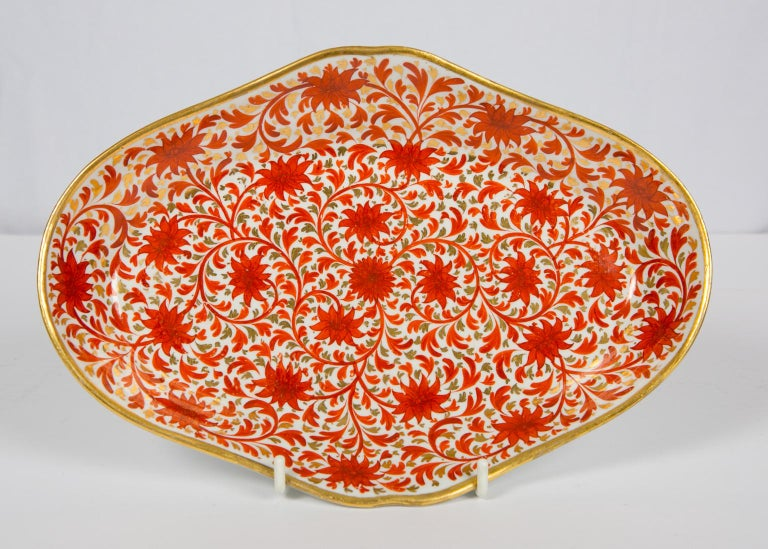 Set of Antique Porcelain Dishes in Coalport's Red Chrysanthemum Pattern For Sale 5