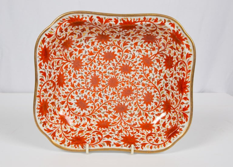 Set of Antique Porcelain Dishes in Coalport's Red Chrysanthemum Pattern For Sale 6