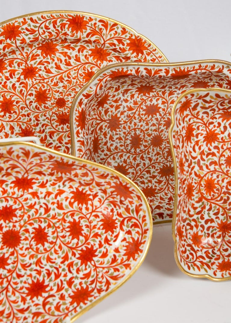English Set of Antique Porcelain Dishes in Coalport's Red Chrysanthemum Pattern For Sale
