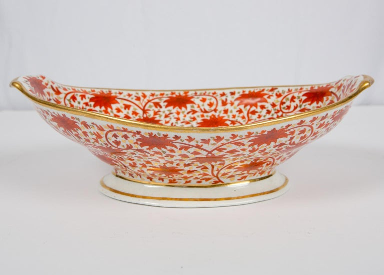 Set of Antique Porcelain Dishes in Coalport's Red Chrysanthemum Pattern For Sale 1