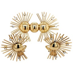Set Brooch and Clip-On Earrings in 18 Karat Yellow Gold with Diamonds, 1940s