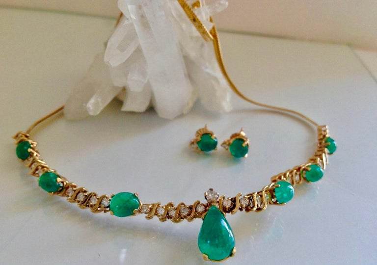 Retro Style Suite Colombian Nature AAA Emerald Cabochon Diamond Necklace and Earring Set 16.70 Carat. The center of the necklace is made up of an S link. Fancy link chain attached to each side Lobster Clasp. Full Stamped 14K yellow gold. The