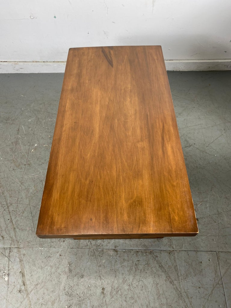 Set of Four Classic Art Deco Tables by Brown Saltman, Coffee, Ends, Lamp Table For Sale 8