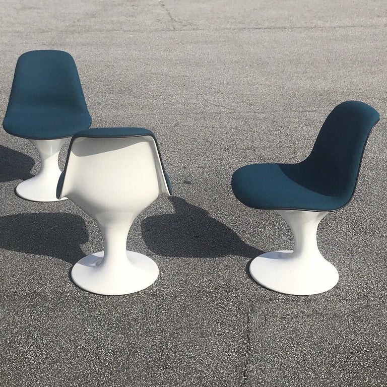 Beautiful space age orbit dining chairs by Markus Farner and Walter Grunder for Herman Miller, 1960s.