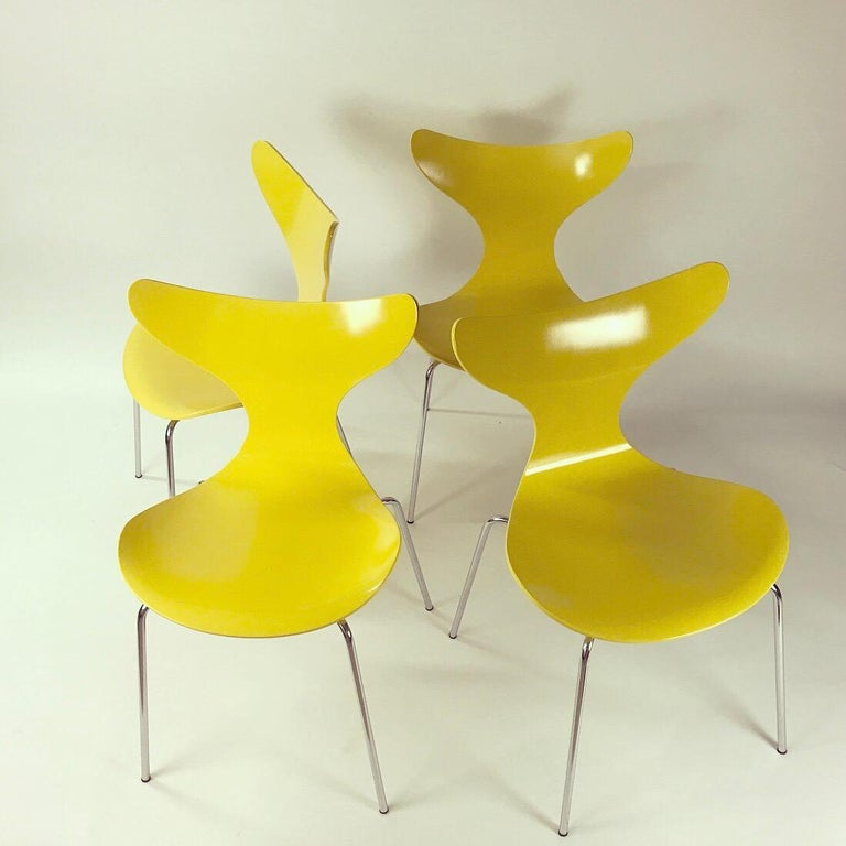 The iconic rare Seagull or the model name 3108 set of four dining chairs by Arne Jacobsen for Fritz Hansen, Denmark 1974.