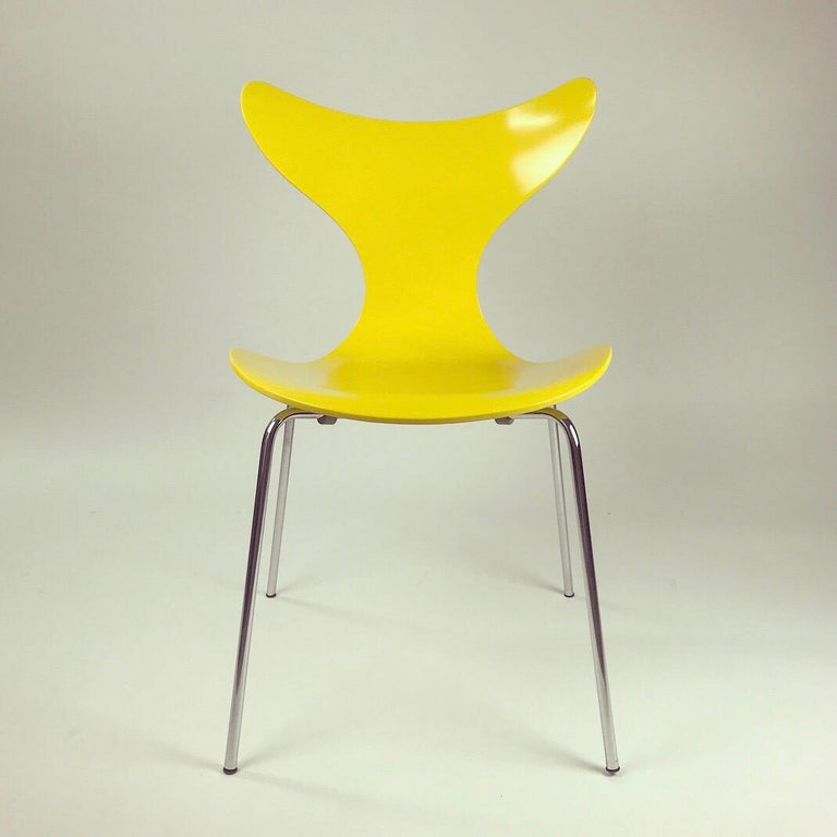 Danish Set of Four Seagull Dining Table Chairs by Arne Jacobsen for Fritz Hansen, 1974 For Sale