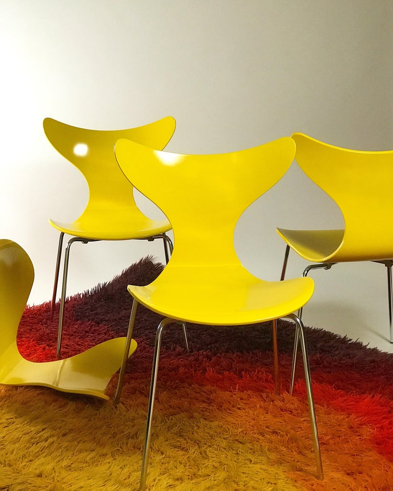 Late 20th Century Set of Four Seagull Dining Table Chairs by Arne Jacobsen for Fritz Hansen, 1974 For Sale