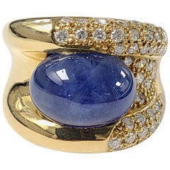 18 Karat Gold 11.16 Carat Blue Sapphire Cabochon Ring