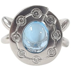 18 Karat Gold Blue Topaz Cabochon with Diamond Ring