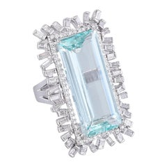 Set in 18 Karat Gold, Natural Aquamarine and Baguette Diamonds Cocktail Ring
