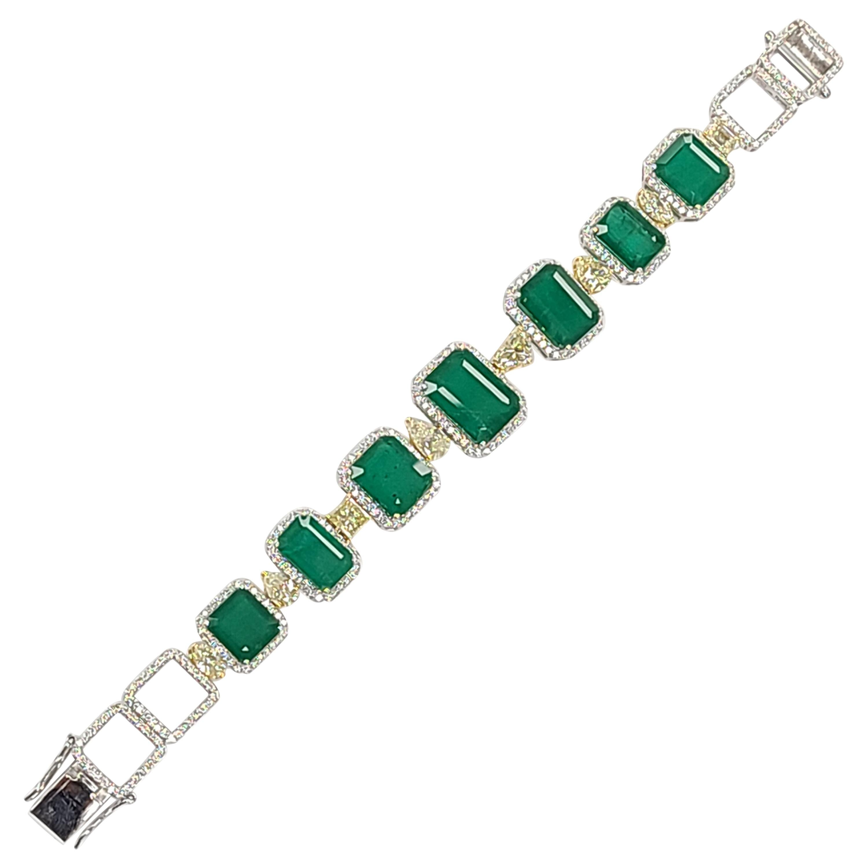 18 Karat Gold Natural Emerald with Yellow Diamond Bracelet