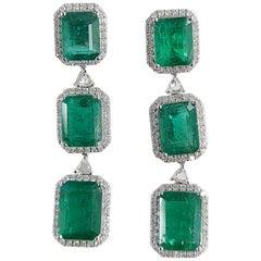 18 Karat White Gold Natural Zambian Emeralds Earrings with Diamonds