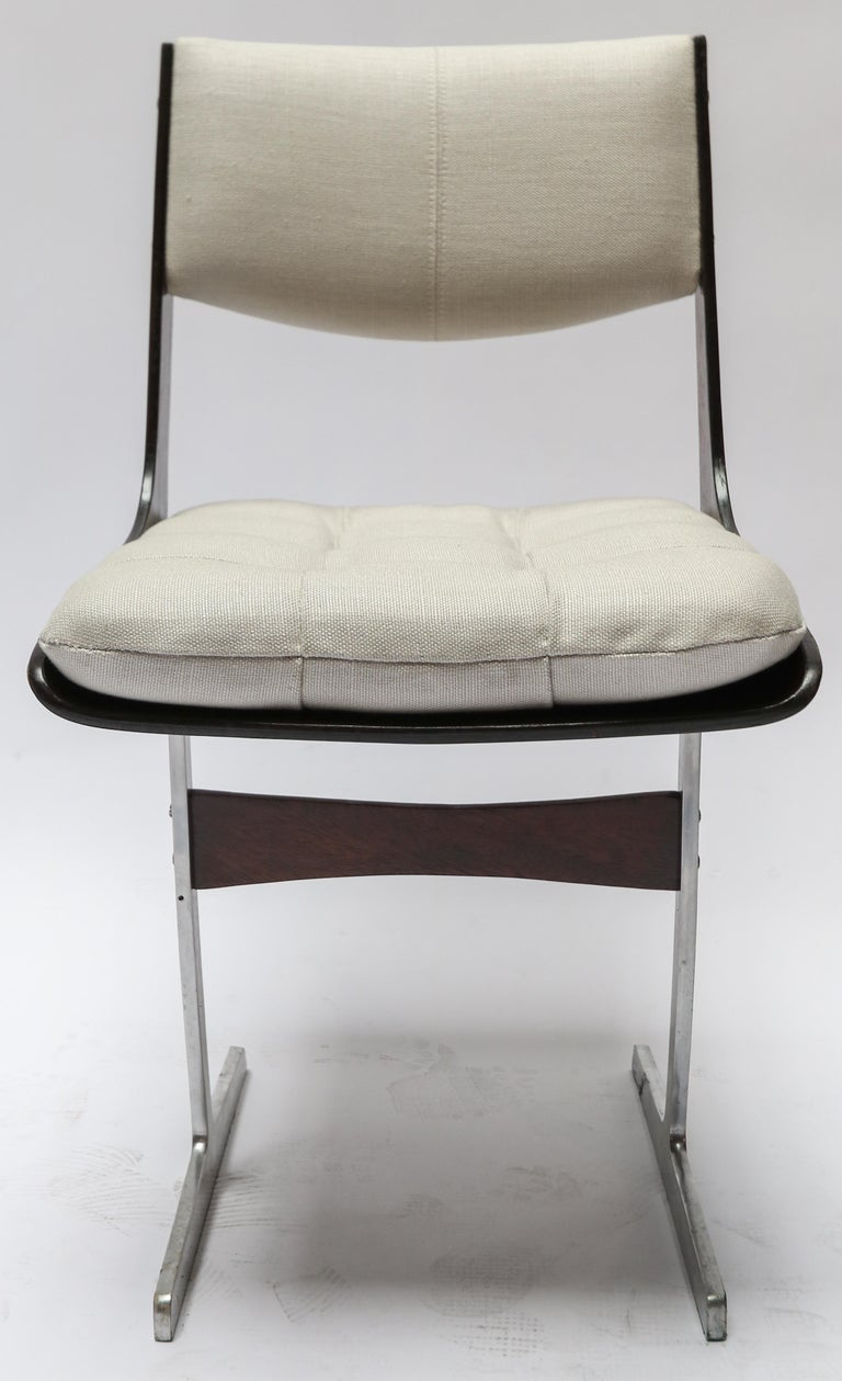 Set of 10, 1960s Brazilian Jacaranda Tufted Dining Chairs in Beige Linen For Sale 2
