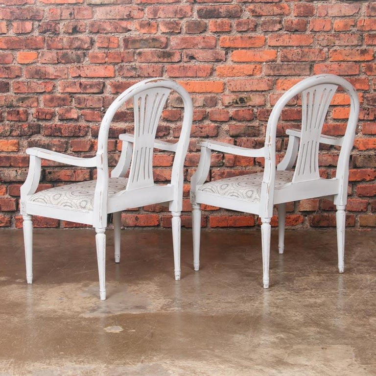 Set of 10 Antique Swedish Gustavian Gray Painted Dining Chairs In Good Condition For Sale In Round Top, TX