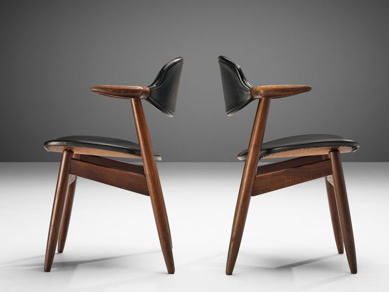 Set of 10 'Bullhorn' Dining Chairs in Teak and Faux Leather For Sale 4