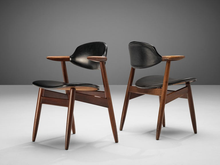Mid-Century Modern Set of 10 'Bullhorn' Dining Chairs in Teak and Faux Leather For Sale