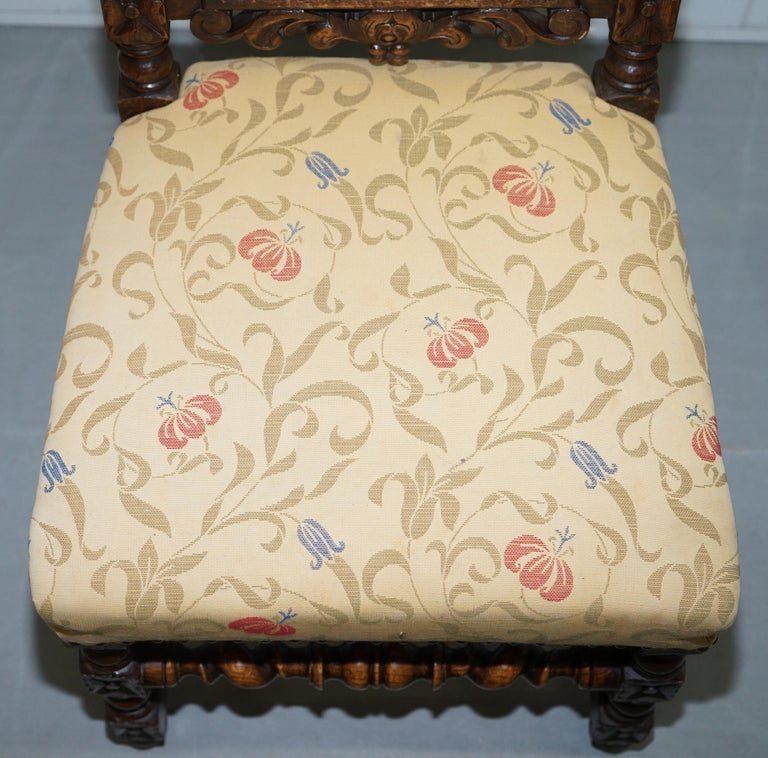 Set of 10, circa 1800 Oak Jacobean Style Dining Chairs with Dog Head Cresting For Sale 6