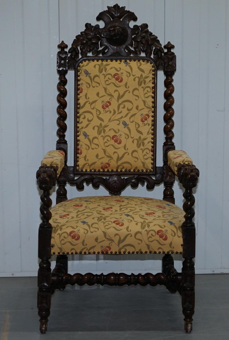 Set of 10, circa 1800 Oak Jacobean Style Dining Chairs with Dog Head Cresting For Sale 9