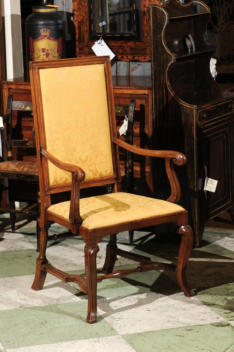 20th Century Set of 10 English Queen Anne Style Walnut Dining Chairs For Sale