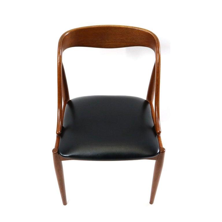 Set of 10 Johannes Andersen for Uldum Møbelfabrik Danish Teak Dining Chairs 1